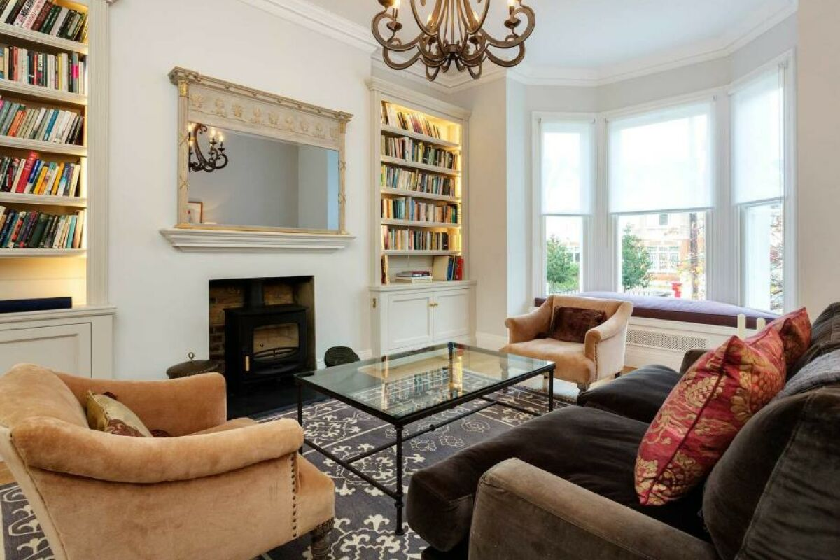 Living Area, Fontenoy Road Serviced Accommodation, London
