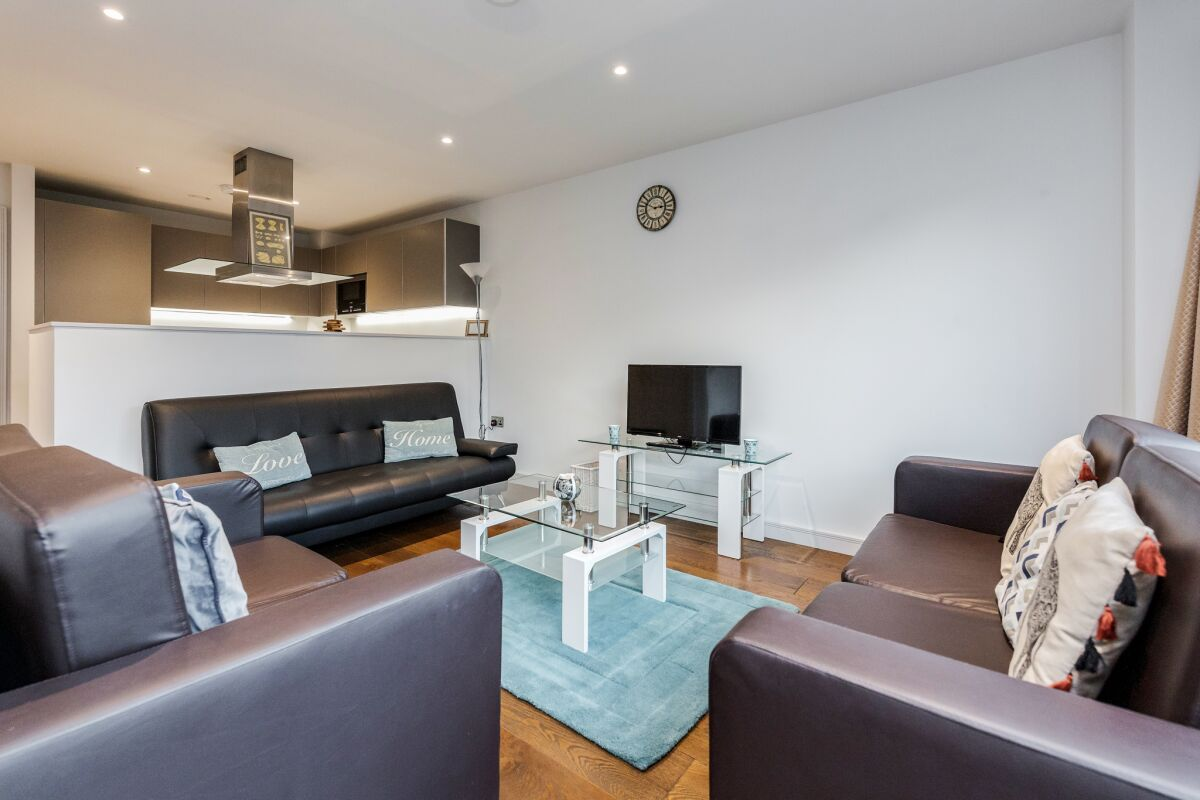 Open Plan Living Area, Greenwich Serviced Apartment, London