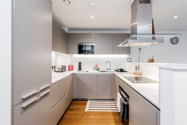 Kitchen, Greenwich Serviced Apartment, London