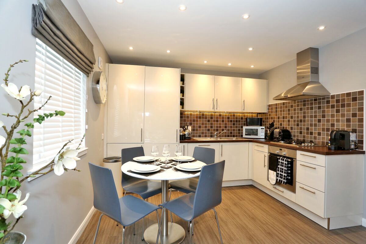 Kitchen, Priory Park Serviced Apartments, Aberdeen