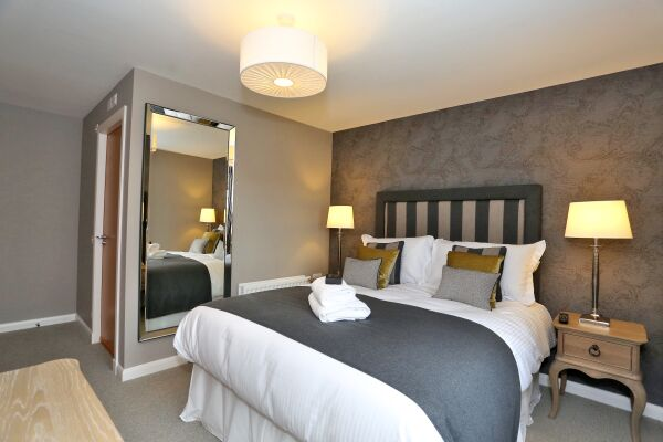 Bedroom, Priory Park Serviced Apartments, Aberdeen