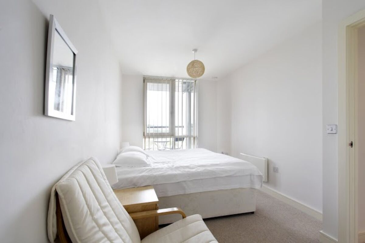 Bedroom, KD Tower Serviced Apartments, Hemel Hempstead