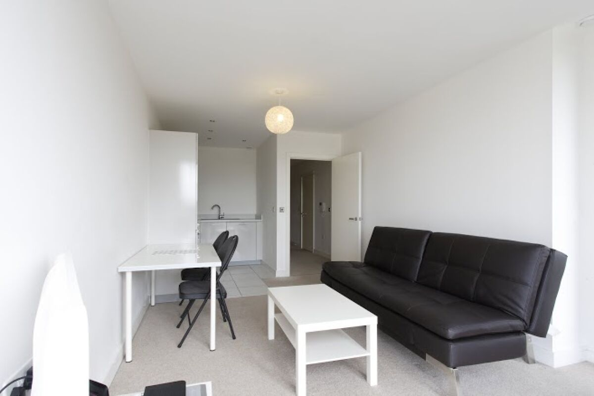 Living Room, KD Tower Serviced Apartments, Hemel Hempstead