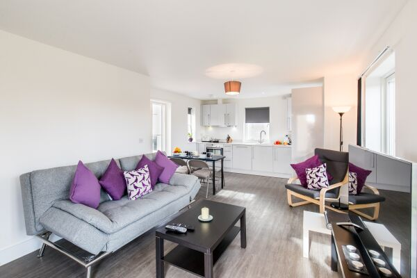 open Plan Living Area, Oval View Serviced Apartments, Hemel Hempstead