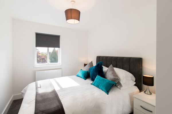 Bedroom, Oval View Serviced Apartments, Hemel Hempstead