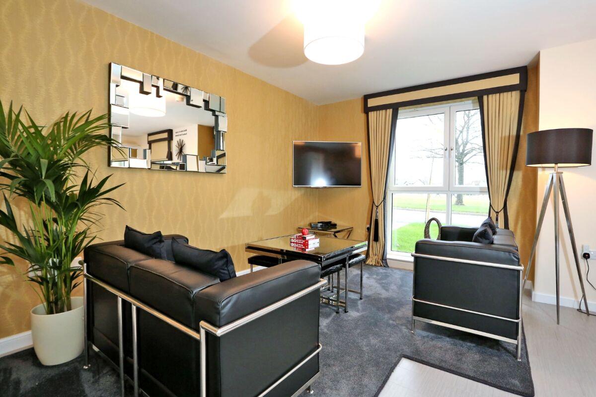 Living Area, Burnside Road Serviced Apartments, Aberdeen
