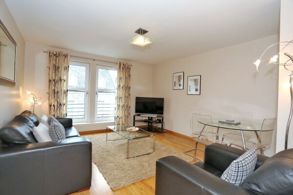 Living Area, Chapel Street Serviced Apartments, Aberdeen