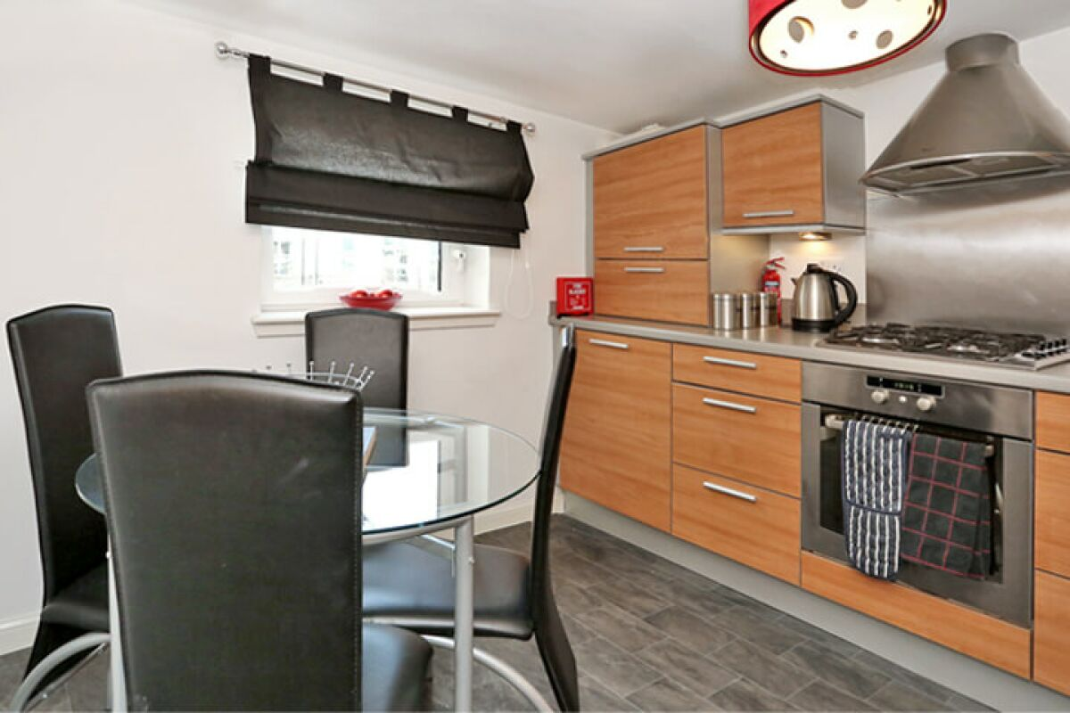 Kitchen, Dee Village Serviced Apartments, Aberdeen