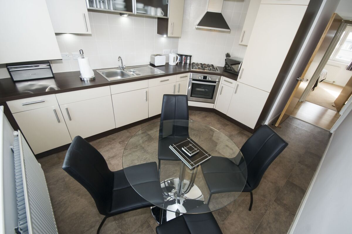 Kitchen and Dining Area, Portland Street Serviced Apartments, Aberdeen