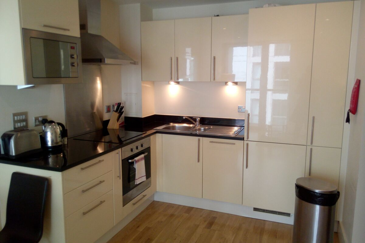 Kitchen, Canary Wharf Executive Serviced Apartments, London