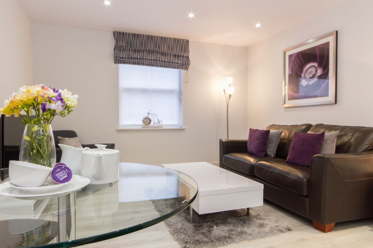 Living Area, Midsummer Mews Serviced Apartments, Cambridge