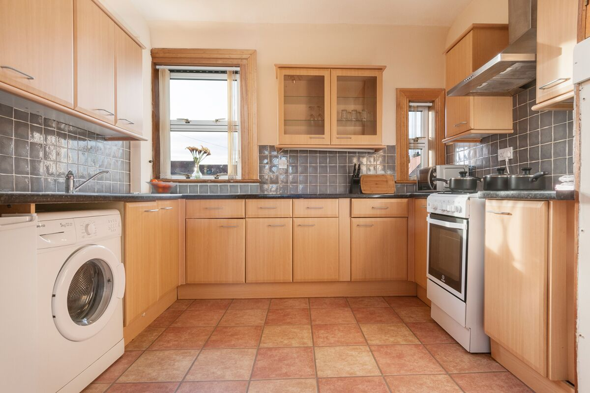 Kitchen, Clements Serviced Apartment, Musselburgh