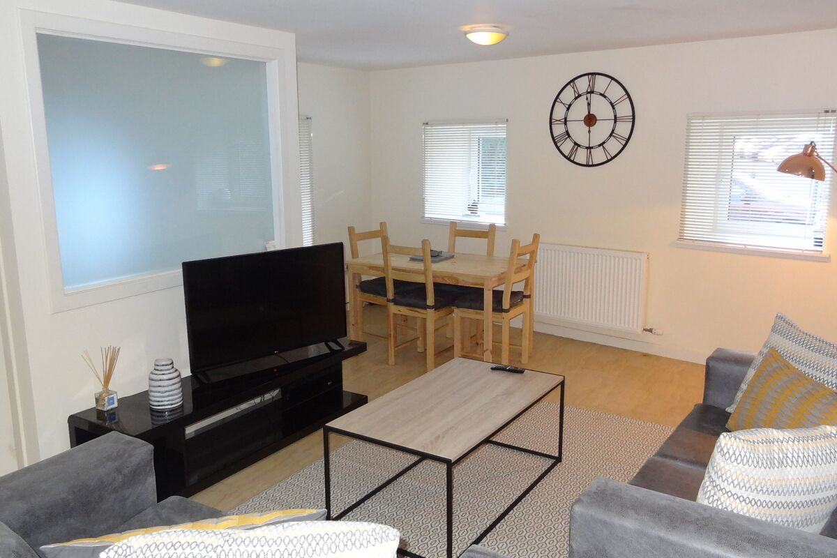 Living and Dining Area, Kerr's Wynd Serviced Accommodation, Musselburgh