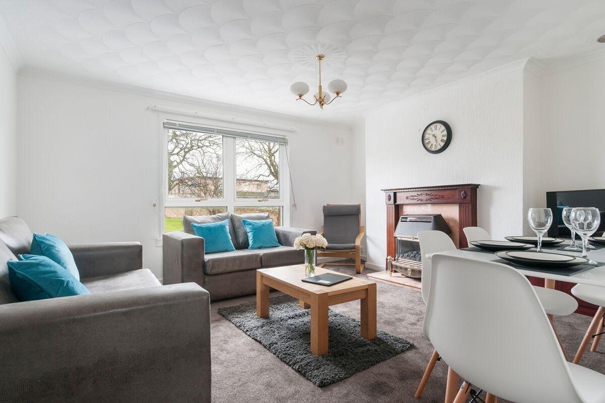 Living Area, Prestonpans Seaview Serviced Apartment, Prestonpans
