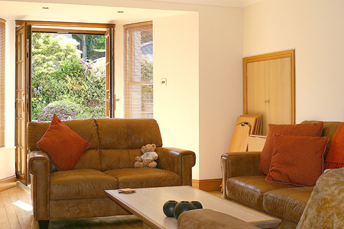 Living Area, Park Terrace Serviced Apartment, Stirling