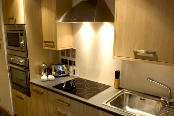 Kitchen, Park Terrace Serviced Apartment, Stirling