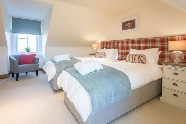 Bedroom, Lallybroch House Serviced Accommodation, Stirling