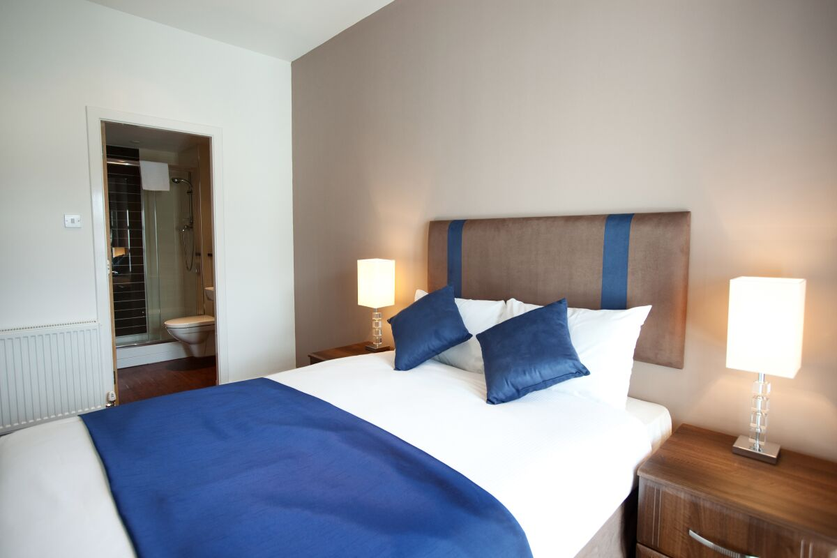 Double Bedroom, Glassford Street Serviced Apartments, Glasgow