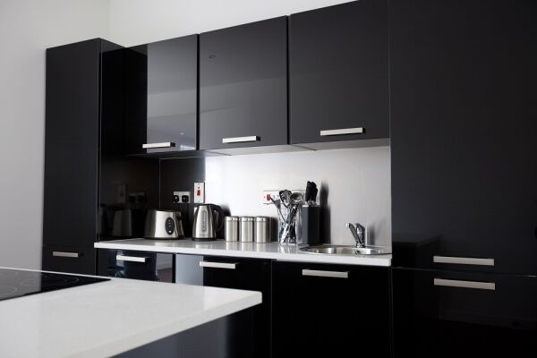 Kitchen, Glassford Street Serviced Apartments, Glasgow