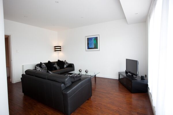 Living Room, Glassford Street Serviced Apartments, Glasgow