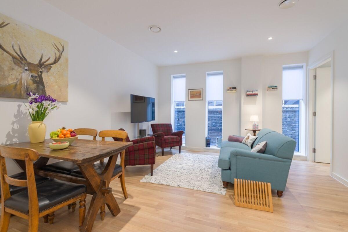 Living Area, Natural Imagination Serviced Apartment, Holborn, London