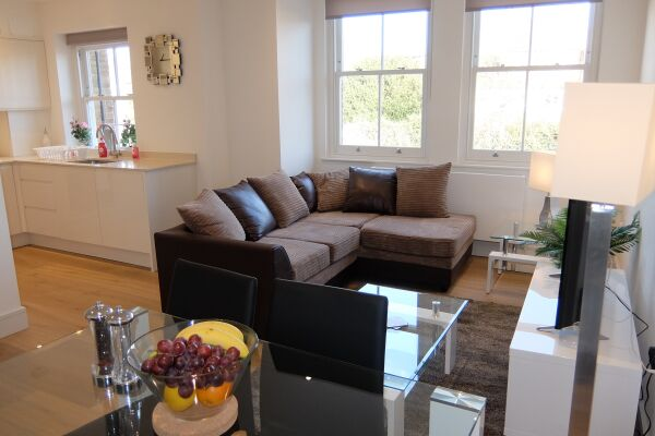 Living Area, Twickenham Newland Serviced Apartments, Twickenham