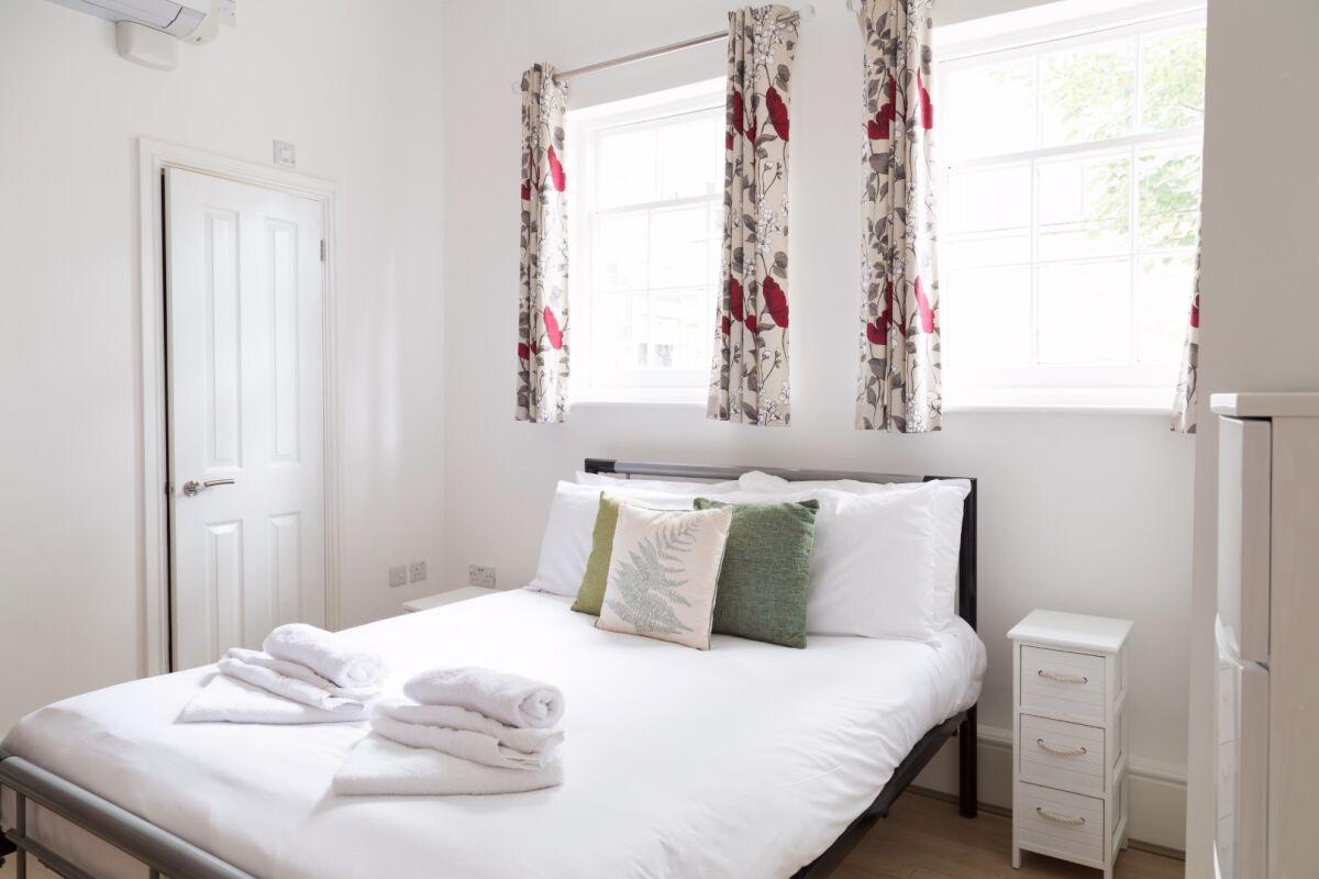 Bedroom, Cambridge City Studios Serviced Apartments, Cambridge
