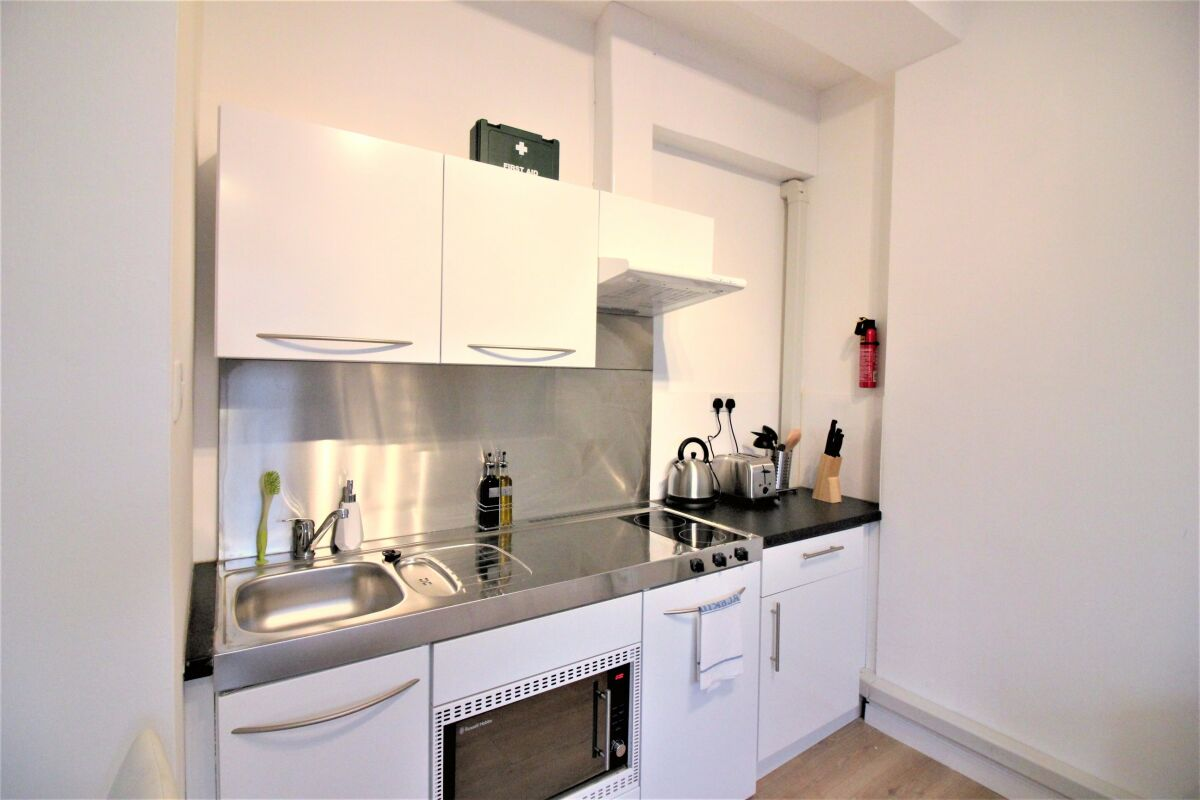 Kitchen, Cambridge City Studios Serviced Apartments, Cambridge