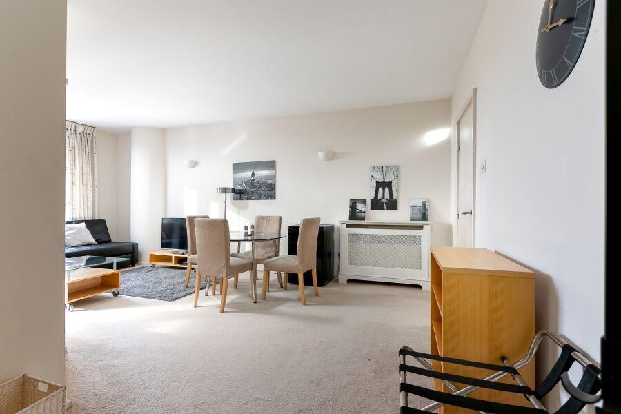Point West Apartments (P) - Kensington, Central London