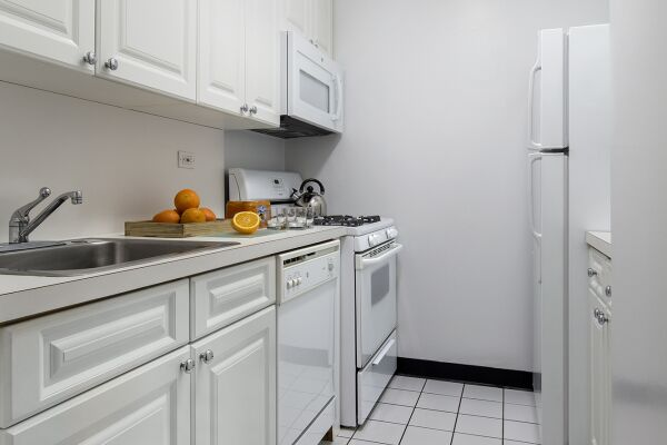 Kitchen, La Premiere Serviced Apartments, New York