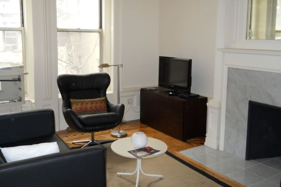 347 West Apartment - Upper West Side, New York