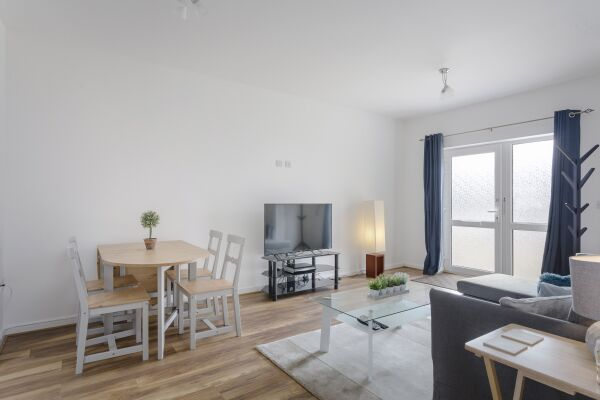 Dining Area, Highview Court Serviced Apartments, Luton