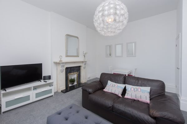 Living Area, Bay View Serviced Apartments, Broadstairs, Kent