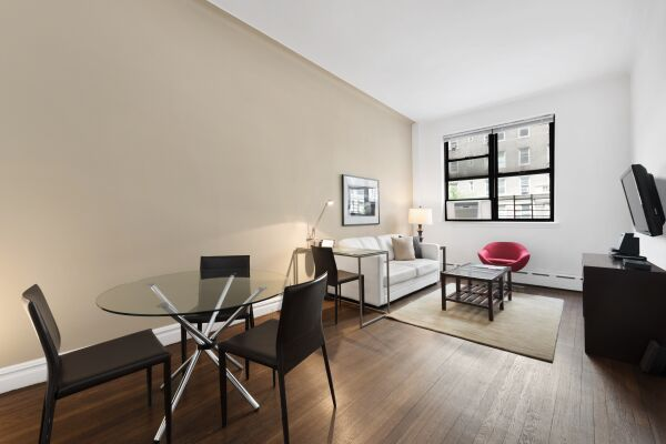 Living Room, 142 West Apartments, New York