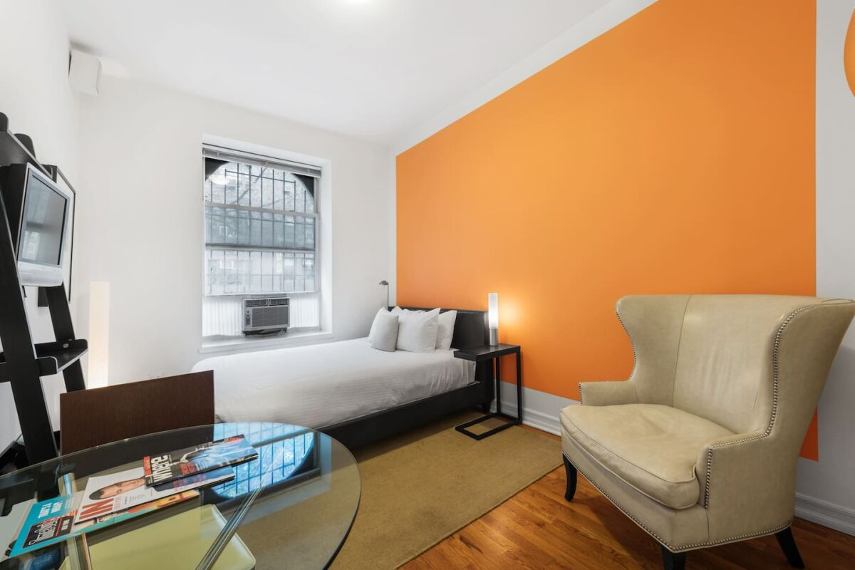 Studio Common Area, 244 East Serviced Apartments, New York