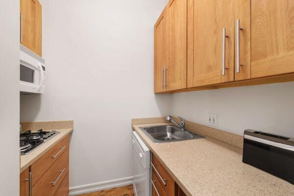 Studio Kitchen, 244 East Serviced Apartments, New York