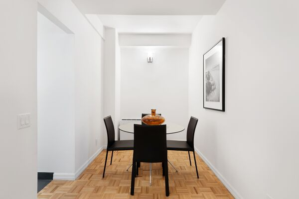 Dining area, The Fairfax Apartments, Serviced Accommodation, New York