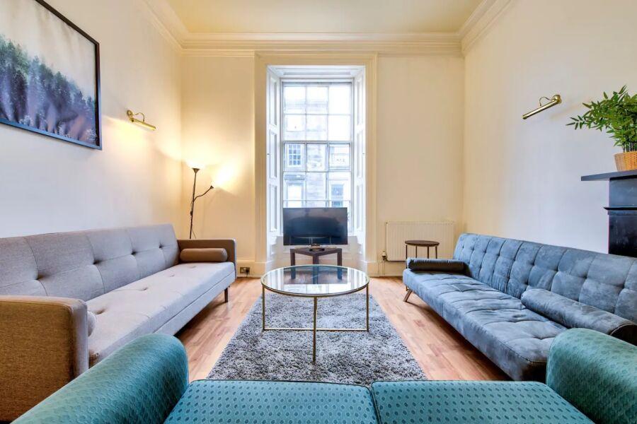Alva Street Apartment - Edinburgh, United Kingdom