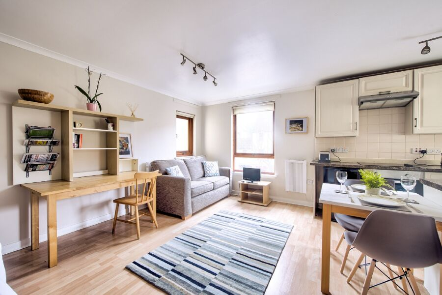Damside Apartment - Edinburgh, United Kingdom