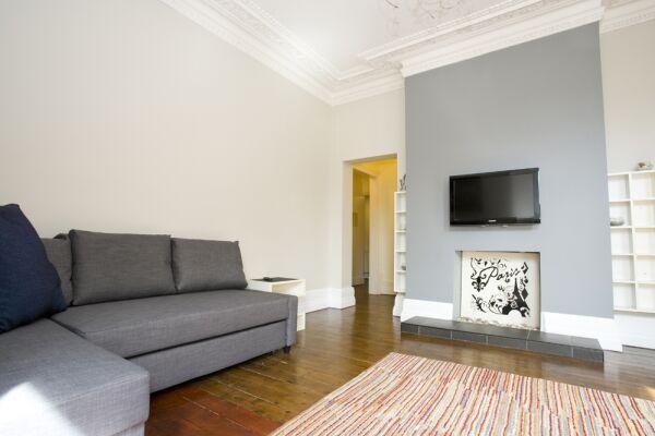 Living Area, Gardens View Serviced Apartment, Bournemouth