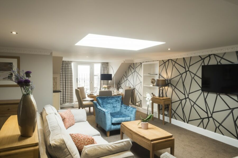 Royal Garden Apartments - Edinburgh, United Kingdom