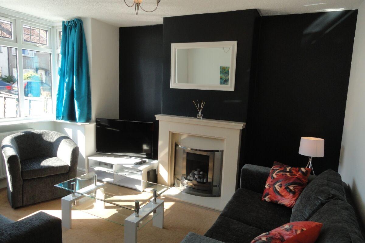 Living Area, Filton House Serviced Accommodation, Bristol