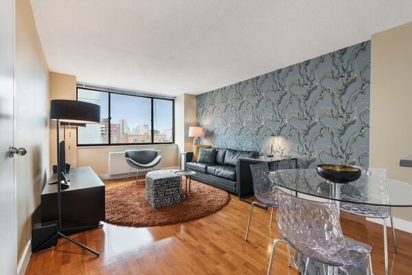 Living Room, Sagamore Serviced Apartments, New York