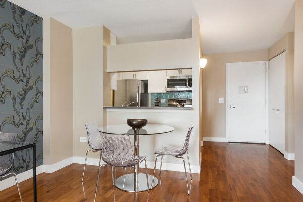 Dining Area, Sagamore Serviced Apartments, New York