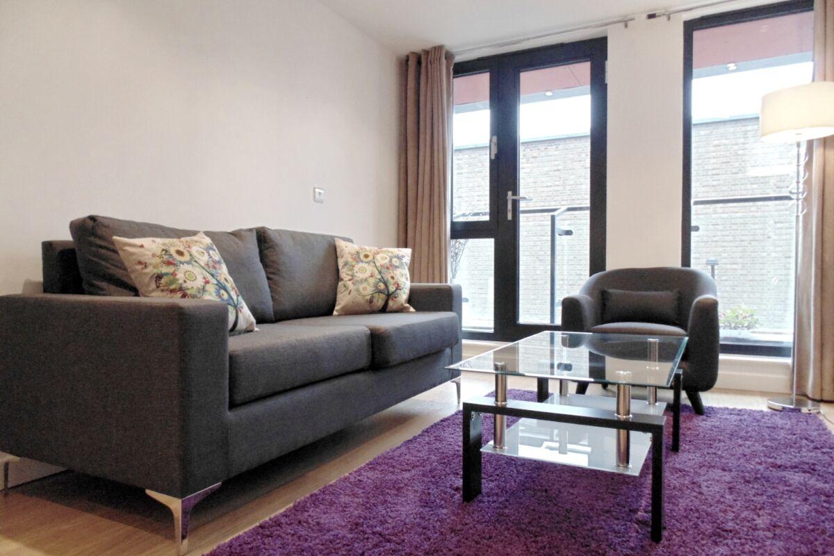 Open Plan Living Area, Southwark Bridge Road Serviced Apartments, Southwark