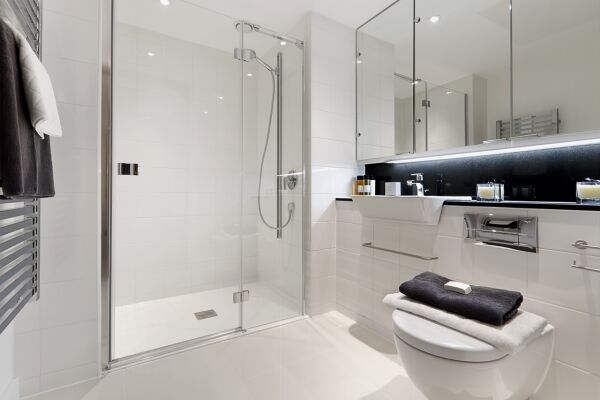 Bathroom, Fetter Lane Serviced Apartments, The City of London