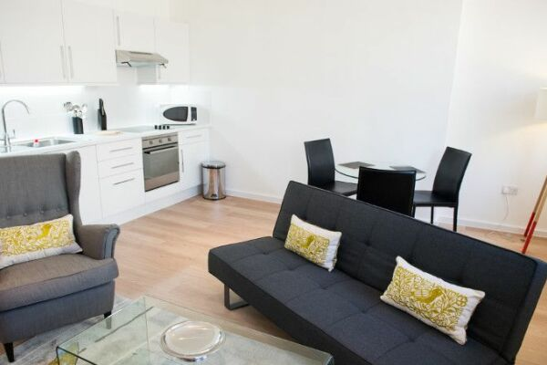 Living Area, West End One Serviced Apartments, London