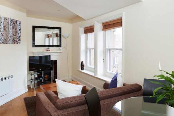 Living Area, Leicester Square Serviced Apartments, Leicester Square, London