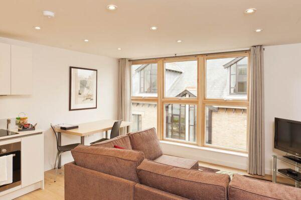 Living Area, Cambridge Place Serviced Apartments, Cambridge