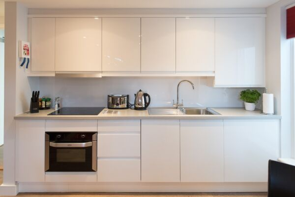 Kitchen, Jubilee House Serviced Apartments, Cambridge